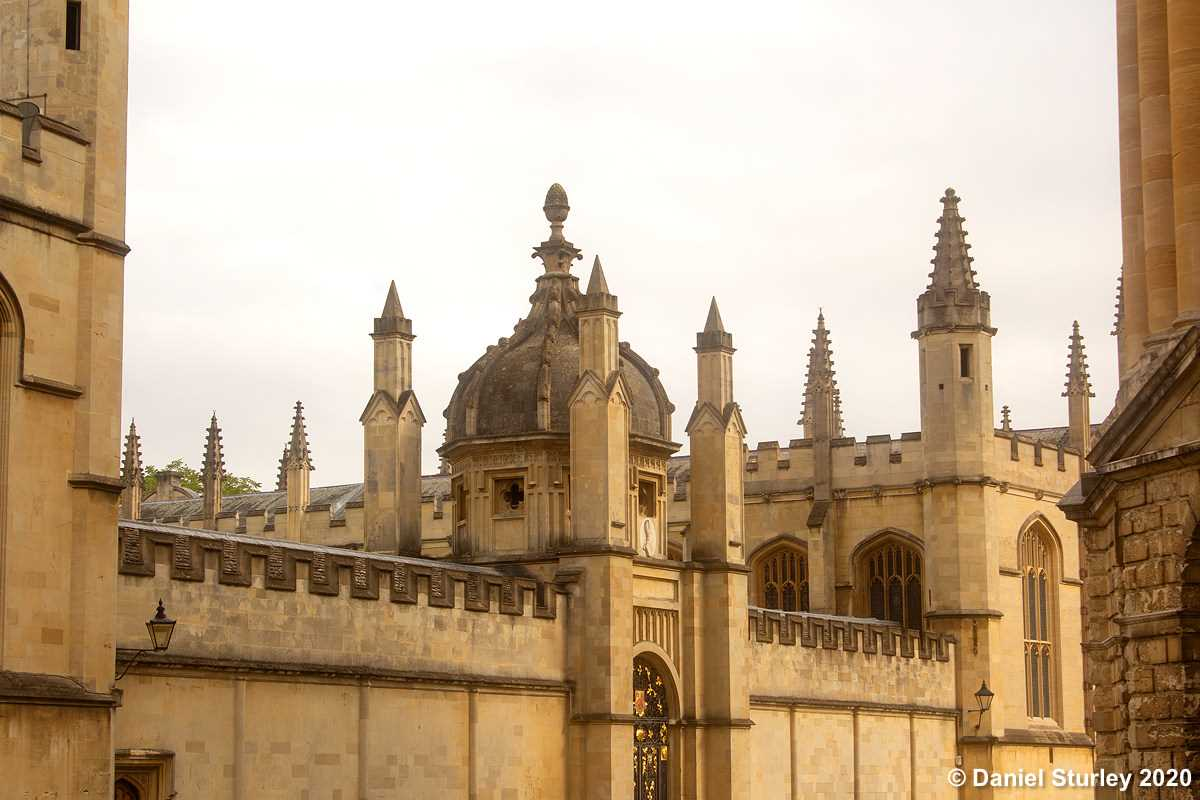 Oxford - A wonderful city with a great mix of modern architecture and historic builds